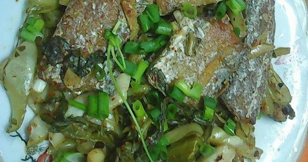 Cá hố kho dưa cải lạ miệng cho bữa ăn