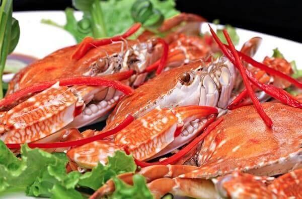 Hấp, luộc cua quá lâu hay quá nhanh sẽ ảnh hưởng đến hương vị món ăn